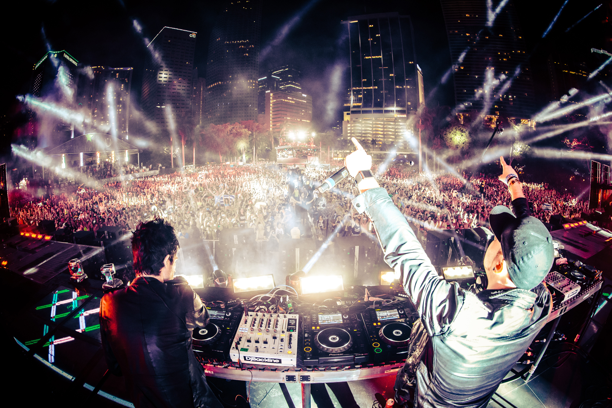 Big Beat Press Knife Party